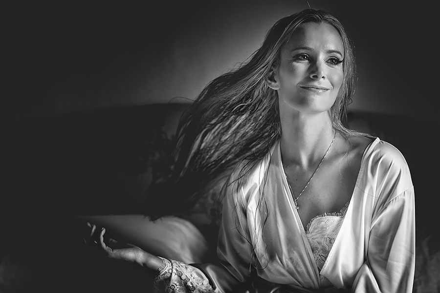 025 bride portrait tuscany