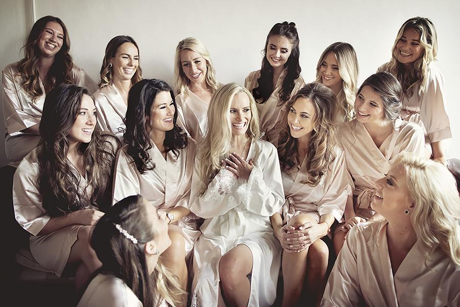 051 bride and bridesmaids
