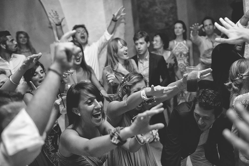 131 TONNARA DI SCOPELLO WEDDING PARTY IN SICILY CRAZY WEDDING